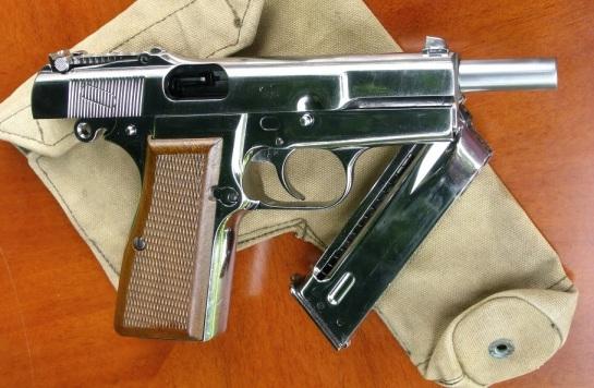 19 WE Browning M1935-Take3 094 - Copy