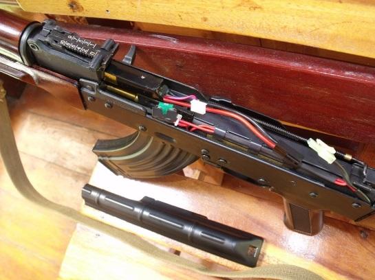 17 E&L AKM 040 - Copy